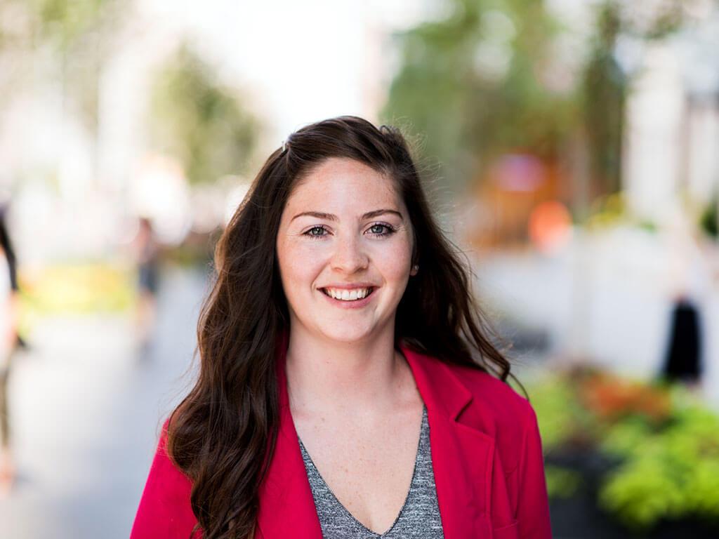 Stephanie-McIsaac Headshot